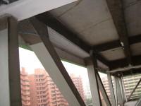 劣化建材落下防止ネット工事写真2