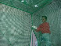 インドアゴルフ練習場防球ネット工事 施工写真1