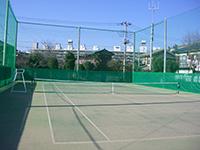 テニスコート外周防球ネット+防風ネット施工写真2