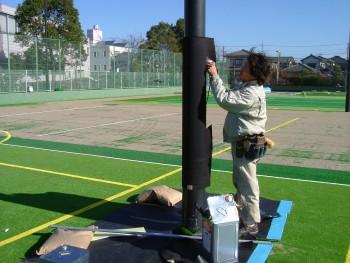 フットサル&テニス兼用コート人工芝工事 施工写真2