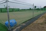 テニスコートの防球ネット工事のイメージ